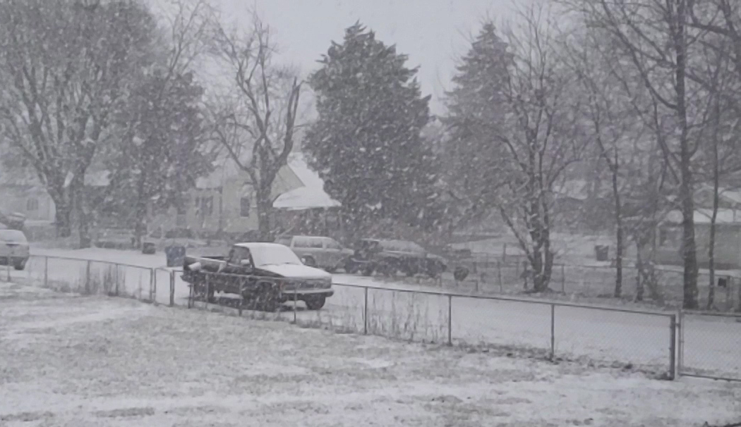 Snowing in Indianapolis